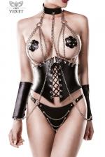 Corset faux cuir et chaines 4 pièces - Grey Velvet : Corset faux cuir orné de chaînes chromées fixées par des rivets, avec le string, les manchettes et le collier assortis.