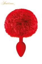 Plug queue de lapin - rouge : Un plug anal élégant et original avec son pompon rouge en fourrure synthétique fixé à son extrémité.